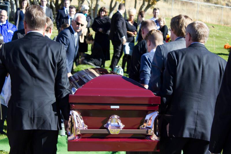 2015_11_14_Aaron_Jones_Funeral_8944.jpg