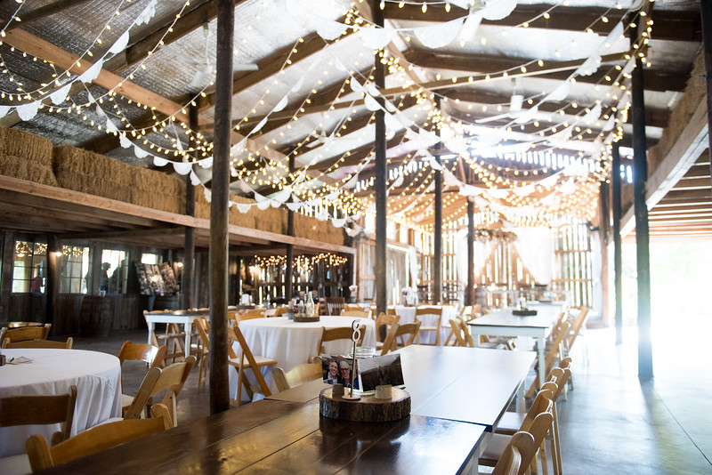 rustic-barn-reception.jpg