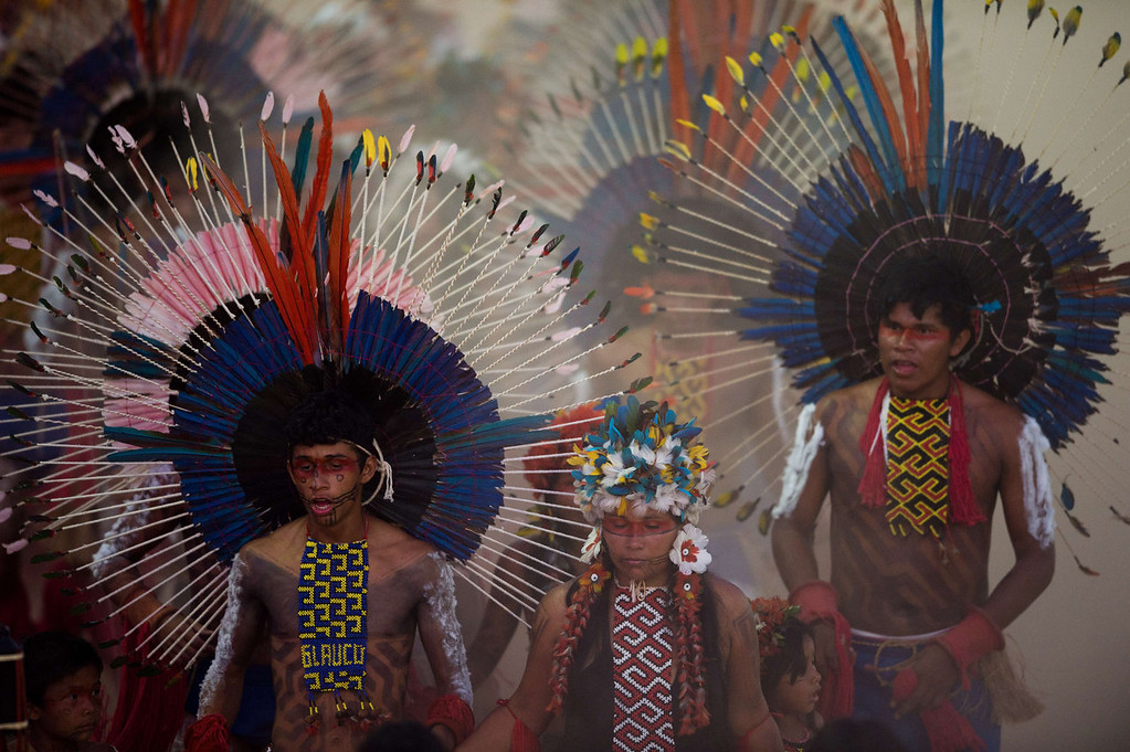 . Natives parade during the opening ceremony of the International Games of Indigenous Peoples, in Cuiaba, state of Mato Grosso, on November 9, 2013. 48 Brazilian ethnic groups and indigenous representatives from 16 countries are taking part in the event which runs until November 16. AFP PHOTO / CHRISTOPHE SIMON