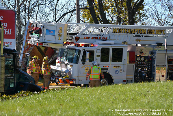 Northampton County - Northampton Borough - MVA w/ Rescue - 11/11/2010