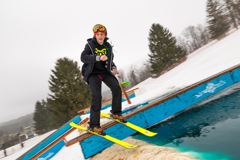 Pool-Party-Jam-2015_Snow-Trails-612.jpg