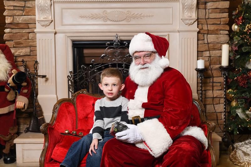 Santa2018.TylerBoye.-123.jpg