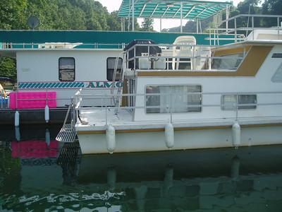 Houseboat/Lake shots