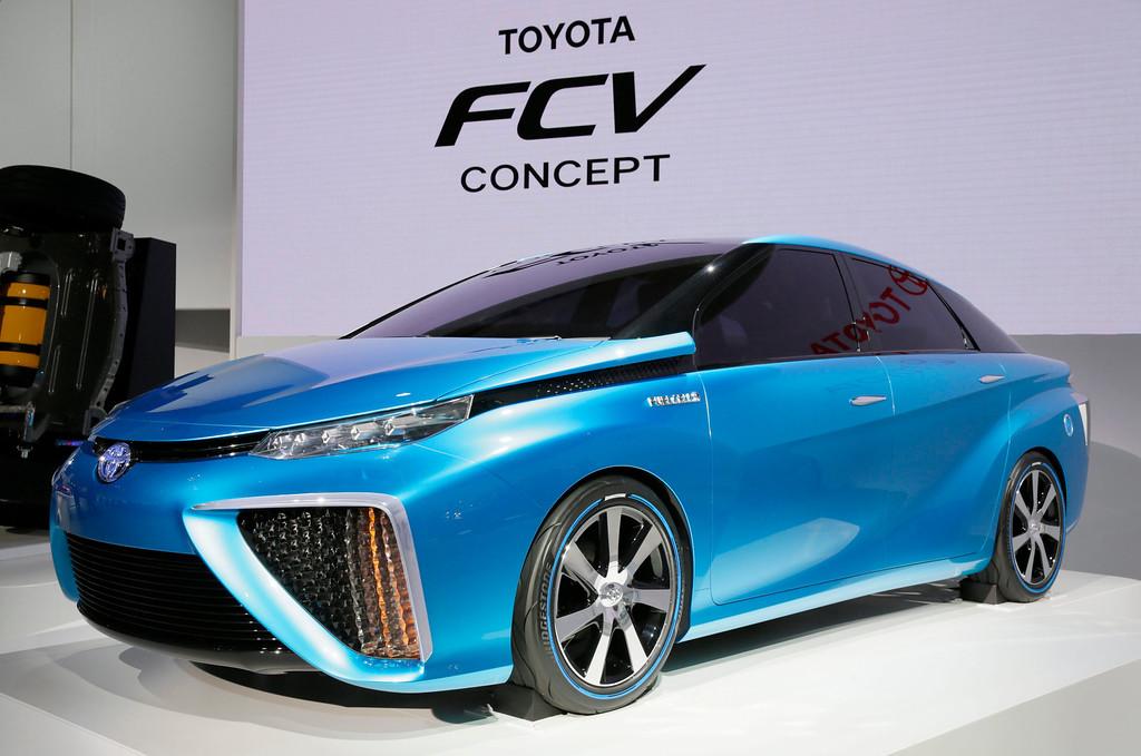 . Toyota Motor Corp. unveils its Toyota FCV Concept at the 43rd Tokyo Motor Show 2013 in Tokyo, Japan, 20 November 2013. EPA/KIMIMASA MAYAMA