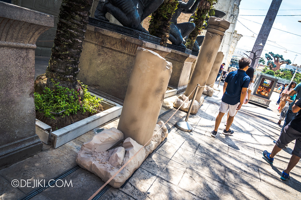 Universal Studios Singapore Halloween Horror Nights 8 construction update / Cannibal scare zone Obelisk walkway