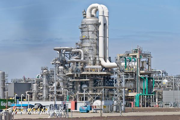 Petrochemistry Rotterdam by day