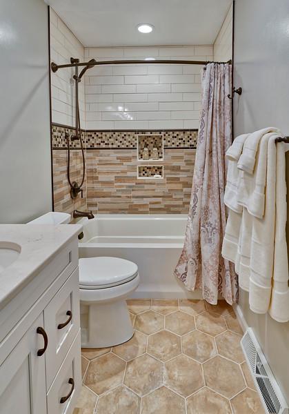 Skorija bathroom 2018
