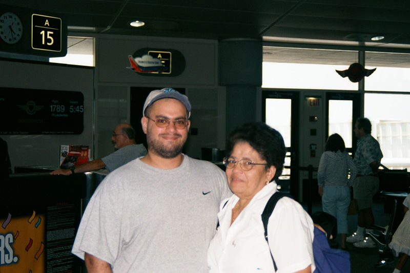 2001 08a - Mom visits Florida 029.JPG