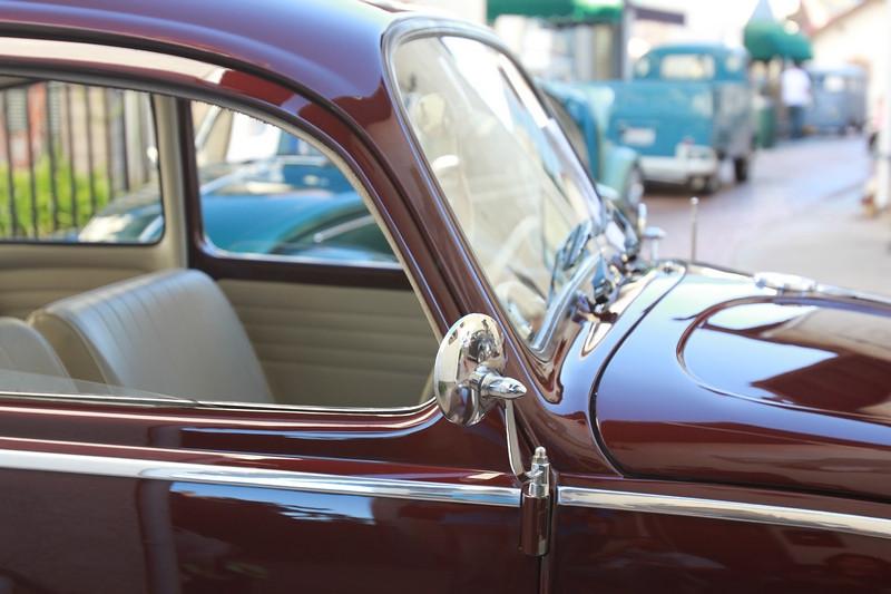 vw-car-show-da-kine-kampwagens-oldworld-hb-102712-19.jpg