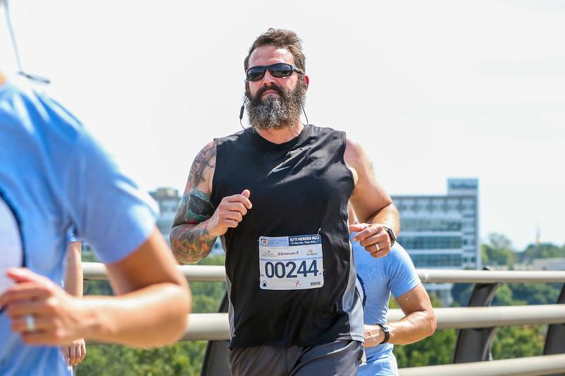 2019 Hero Run 152.jpg