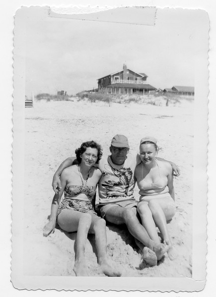 Frances Pritchard, Dick Pritchard, and Catherine Melnick on Wrightsville Beach, NC