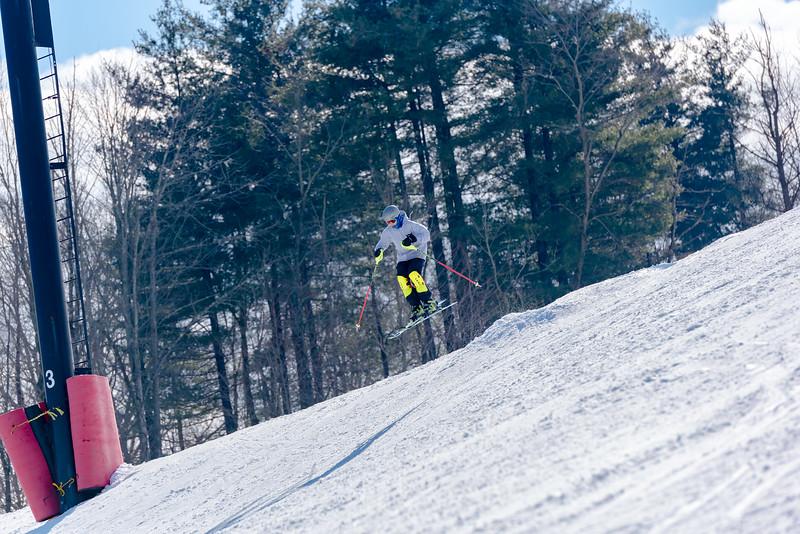 Standard-Race_2-3-18_Snow-Trails-73437.jpg