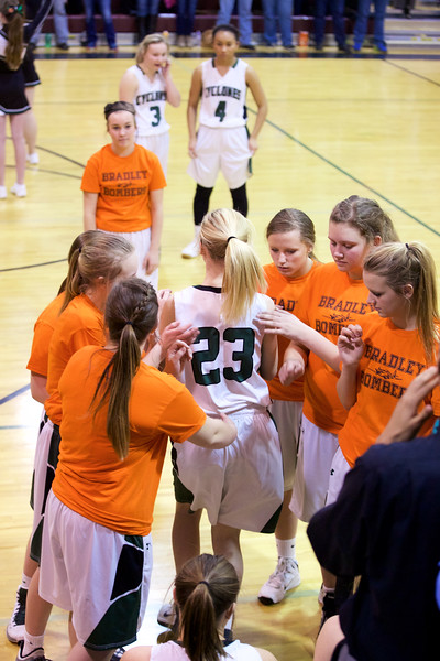 '17 Cyclones Girls Basketball 166.jpg