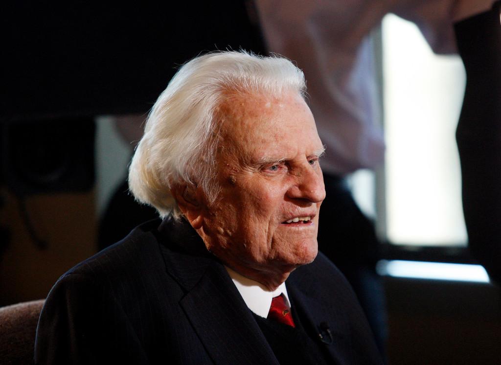 . Evangelist Billy Graham, is interviewed at the Billy Graham Evangelistic Association headquarters in Charlotte, N.C., on Monday, Dec. 20, 2010. (AP Photo/Nell Redmond)