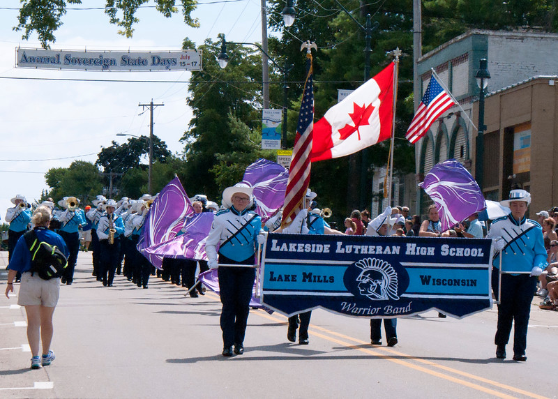 Parade16-winneconne_3.JPG