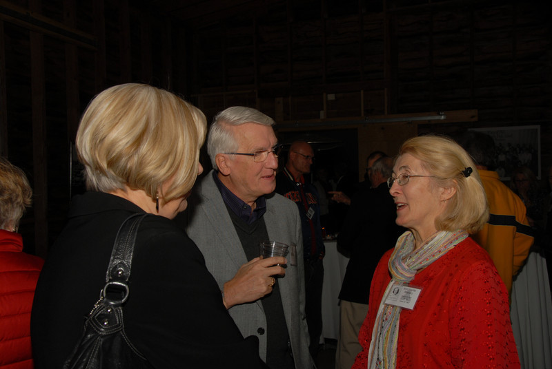 Scarlett and Aviars Osvalds chat with Ann Huckle (Mallek)