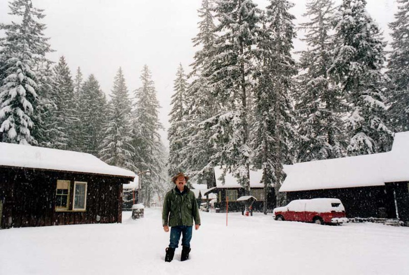 1995 - Snowstorm at Mt Rainier.jpg