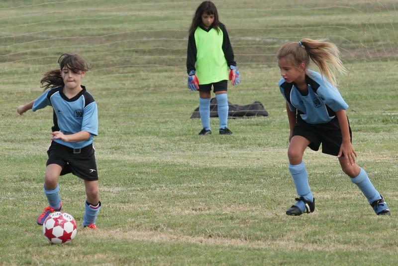 Soccer2011-09-10 09-38-40.JPG