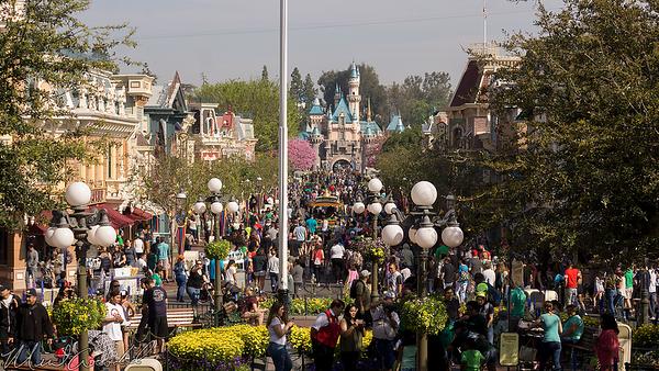 Disneyland Resort, Disneyland, Main Street USA, Spring Break, Spring, Break, St. Patrick's Day, Green