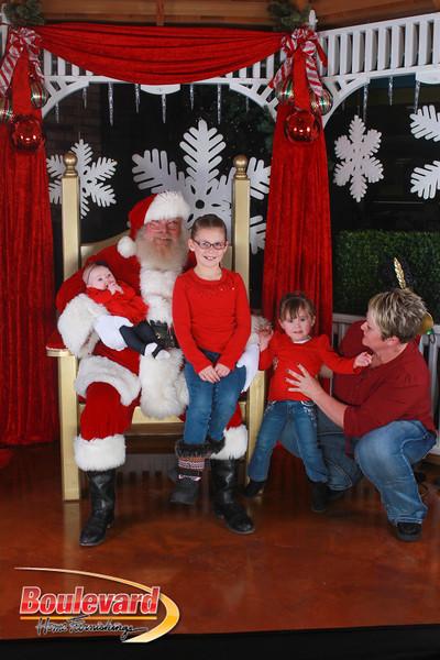 Santa 12-17-16-91.jpg