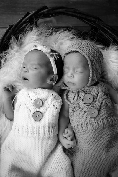 twins (18 of 35).jpg