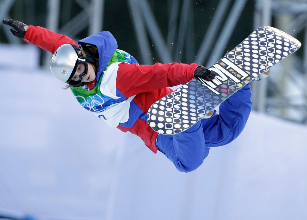 . Sarka Pancochova of the Czech Republic compete in the women\'s snowboard halfpipe at the Vancouver 2010 Olympics in Vancouver, British Columbia, Thursday, Feb. 18, 2010. (AP Photo/Marcio Sanchez)