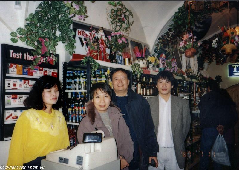 Ba Tan Visit 90s 52.jpg