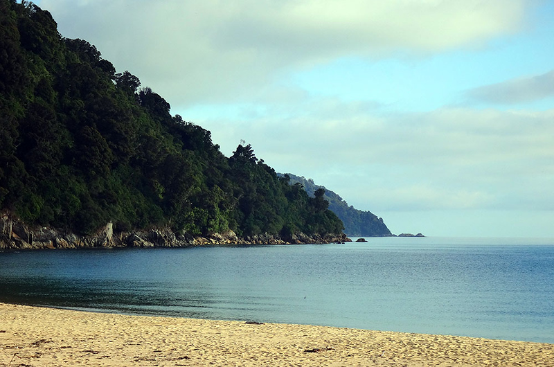 Waiharakeke Bay