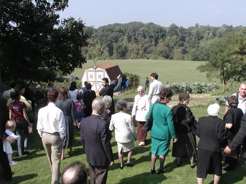 2002-09-29-Community-Field-of-Dreams-Tour-1_093.jpg
