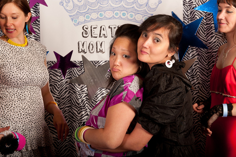 Seattle Mom Prom 2011-35.jpg
