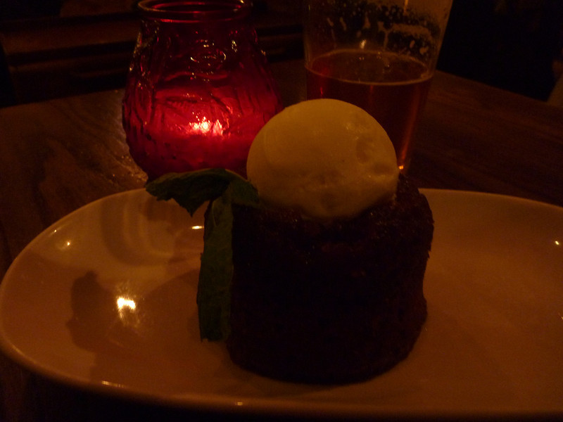 Back to the gastropub for sticky toffee pudding, the only must-have on my London food list