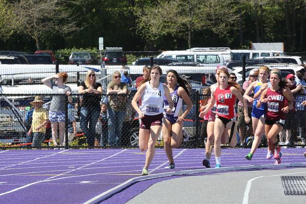 2013-05-04 UW Track & Field Meet - Womens 1500m