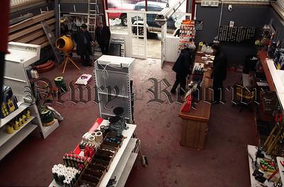 R012105 t_c Flagstaff Inside