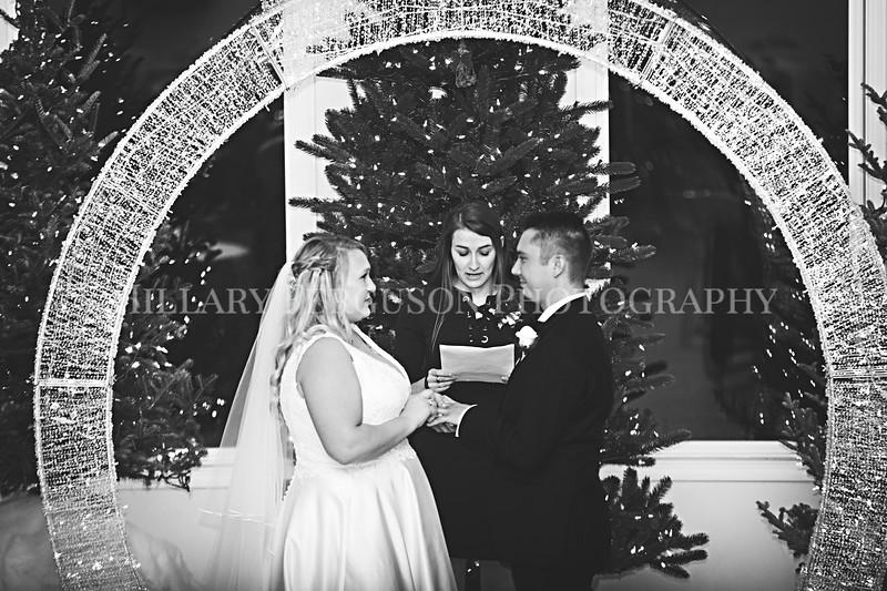 Hillary_Ferguson_Photography_Melinda+Derek_Ceremony097.jpg