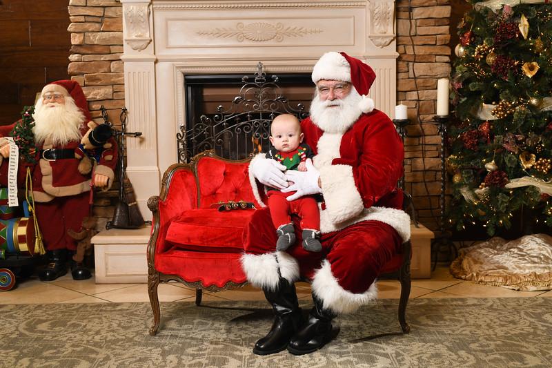 Santa2018.TylerBoye.-233.jpg