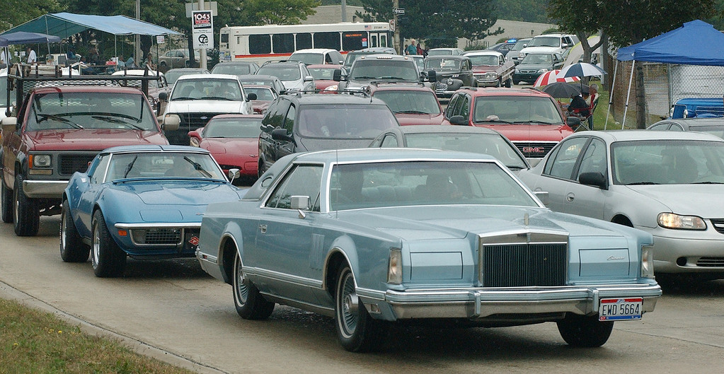 . A traffic jam of cars are stuck as they make the loop on Woodward, during the Dream Cruise.  Photo taken on Saturday, August 21, 2010, in Pontiac, Mich.  (The Oakland Press/Jose Juarez)