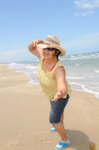 DSC_0117_0108_Roach Beach 2012.jpg