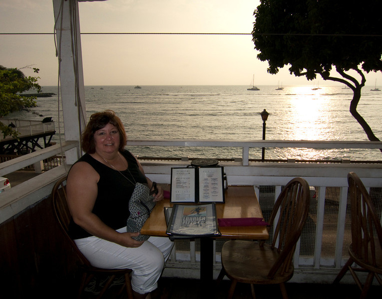 Thanksgiving Dinner & a sunset at Lahaina Pizza Co.