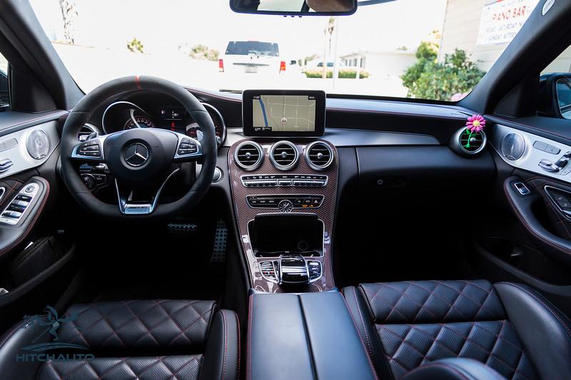 Mercedes_AMG__C63_White_7SRX097-0437.jpg