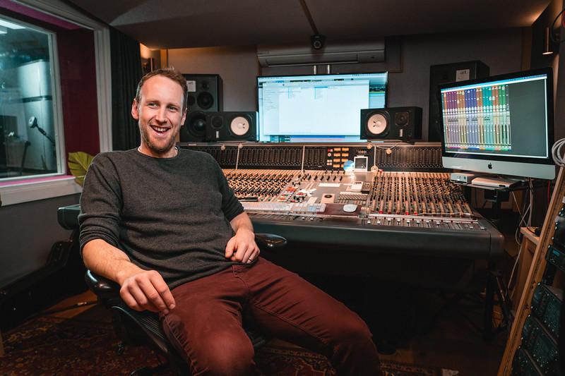 Tom Bish Studio 2019-1.jpg