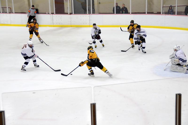 141004 Jr. Bruins vs. Boston Bulldogs-139.JPG