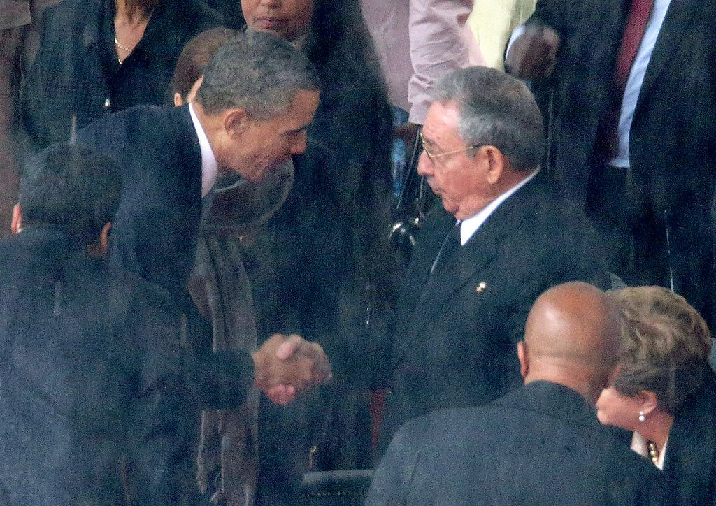 """. <p>10. (tie) BARACK OBAMA & RAUL CASTRO <p>It�s easy to tell them apart. One of them is North America�s most left-wing demagogue ... the other is the leader of Cuba. (previous ranking: unranked) <p><b><a href=\'http://www.twincities.com/breakingnews/ci_24692382/look-at-obama-castro-handshake-from-every-angle\' target=\""""_blank\""""> HUH?</a></b> <p>     (Chip Somodevilla/Getty Images)"""