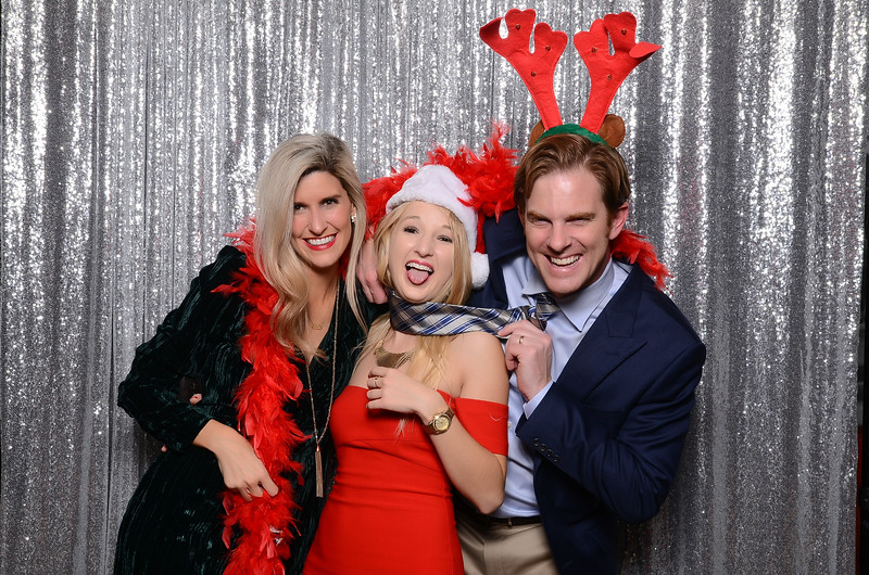 nwg residential holiday party 2017 photography-0105.jpg