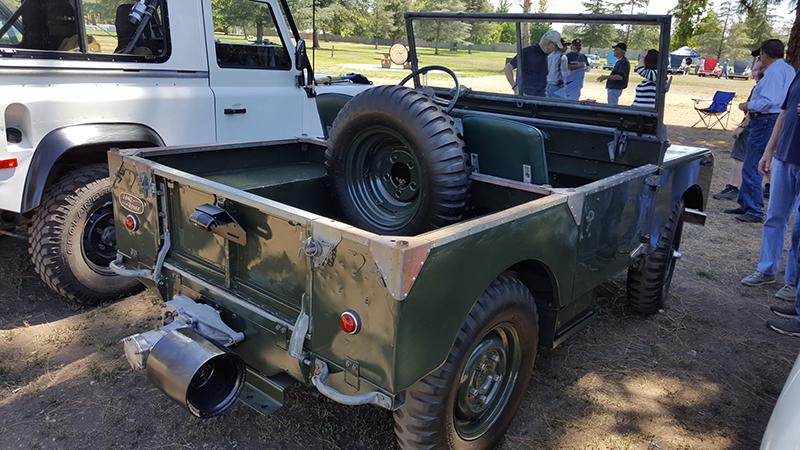 51 Land Rover Series I green 6.jpg