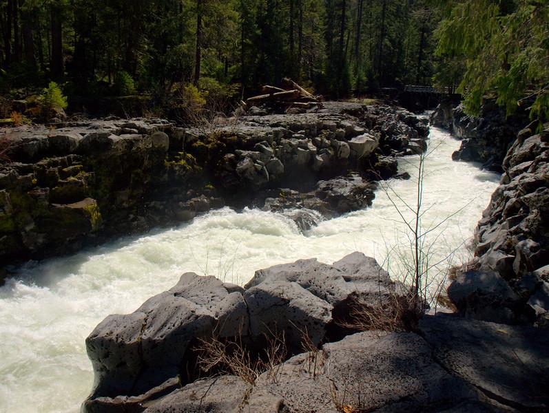 Upper Rogue River Trail Big Bend Natural Bridge Oregon
