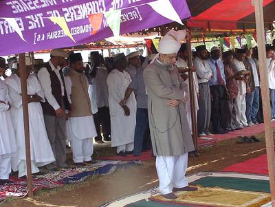 Hazrat Khalifatul Masih V (aba) visits Ahmadiyya Mosque in Accra, Ghana