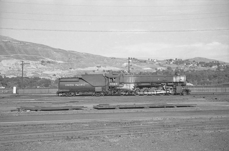 UP_2-10-2_5300_Salt-Lake-City_Sep-5-1947_003_Emil-Albrecht-photo-0227-rescan.jpg