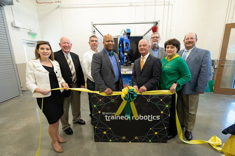 Robotics Grand Opening-9136.jpg