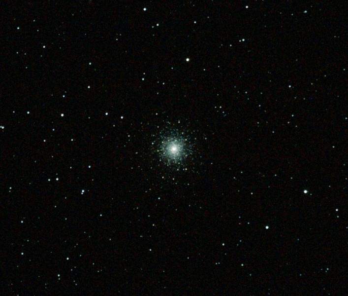 Caldwell 73 - NGC1851 Columba Globular Cluster - 19/11/2011 (Re-processed stack)