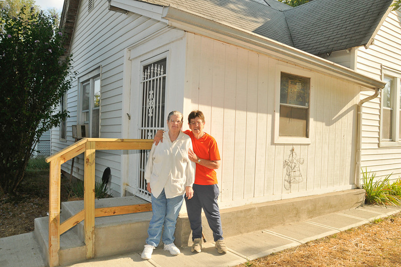 10 09-07  Homeowner Marge Korbe, age 84, with daughter Rose who lives next door. mlj